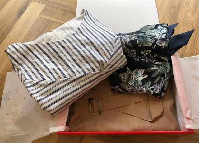 エアークローゼットのアイテムボックス5箱目で届いた洋服の写真