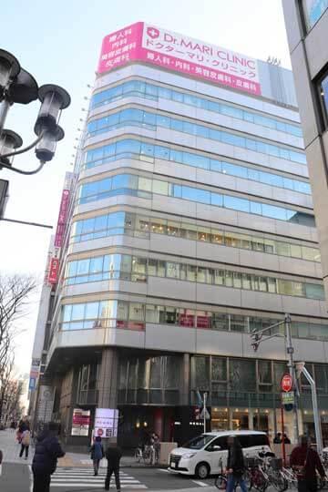 パーティーパーティー栄ラウンジがある新鏡栄ビルの外観写真