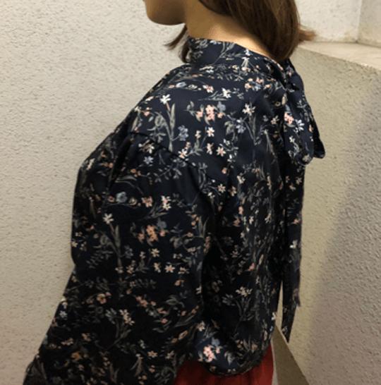 エディストクローゼットで届いた洋服トップスのアップ写真