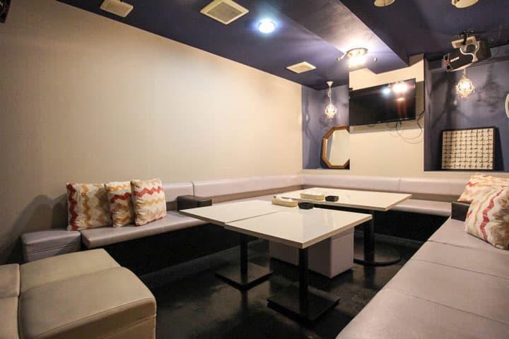 「札幌すすきの 相席カラオケ ピース」の店内写真